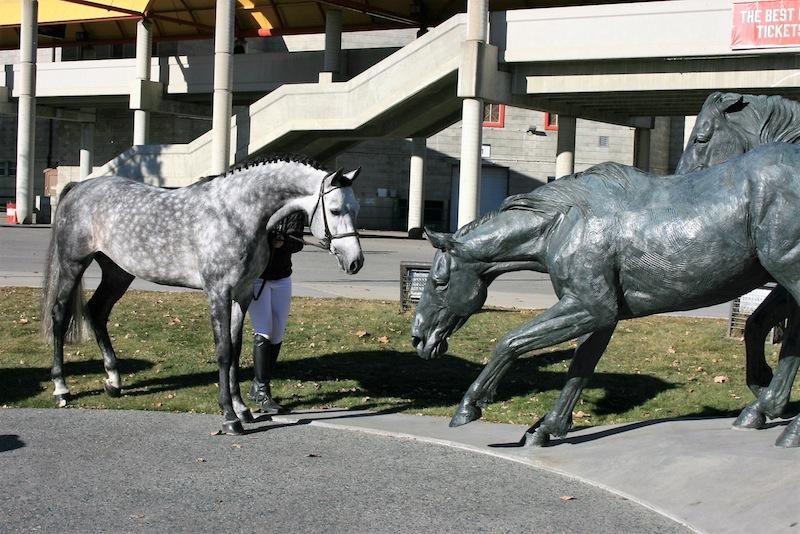 Casparo: With Statue